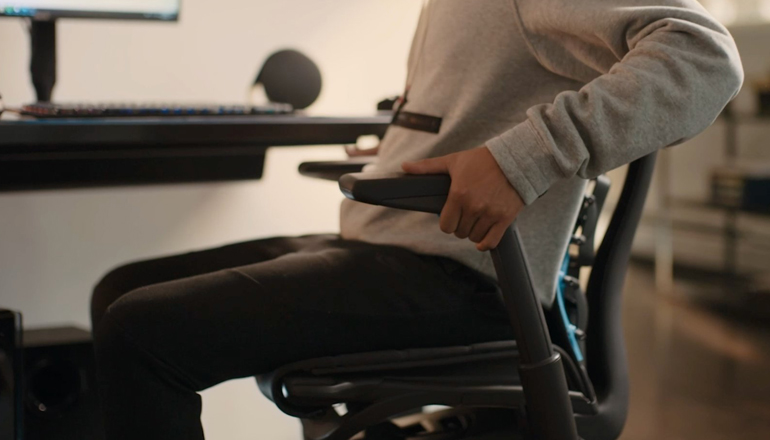 how to adjust gaming chair